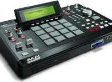 Akai MPC 2500 drum machine reset